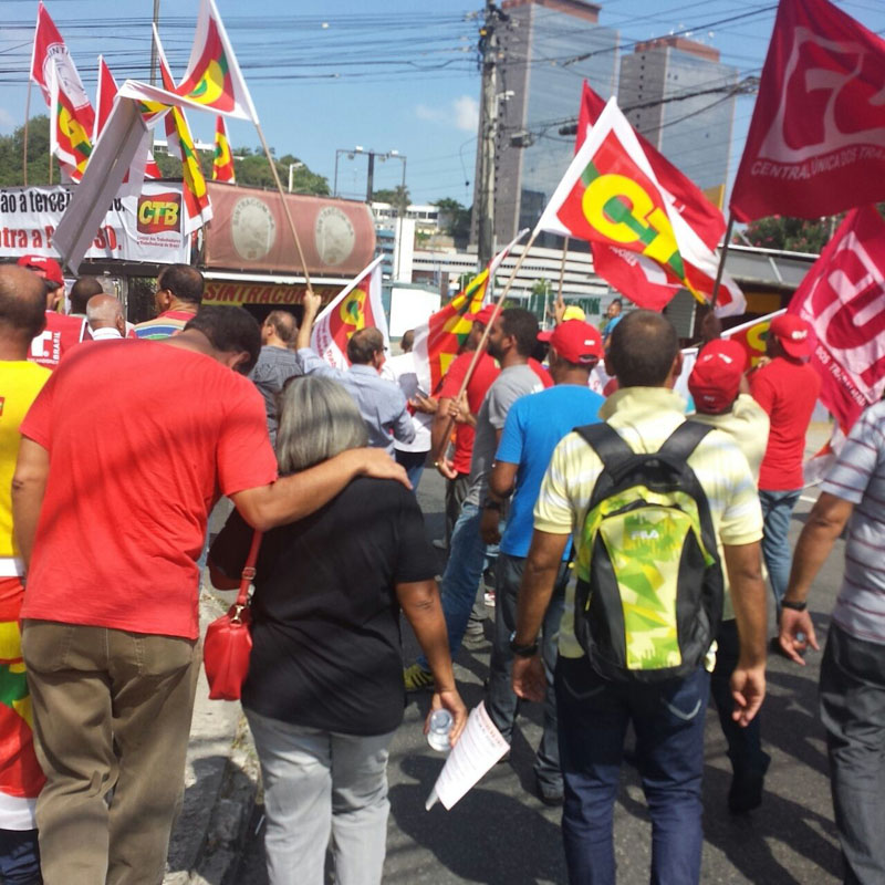 CUT diz que fará greve geral contra ampliação de terceirização