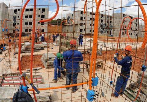 CNI registra em maio queda menor na atividade da indústria da construção