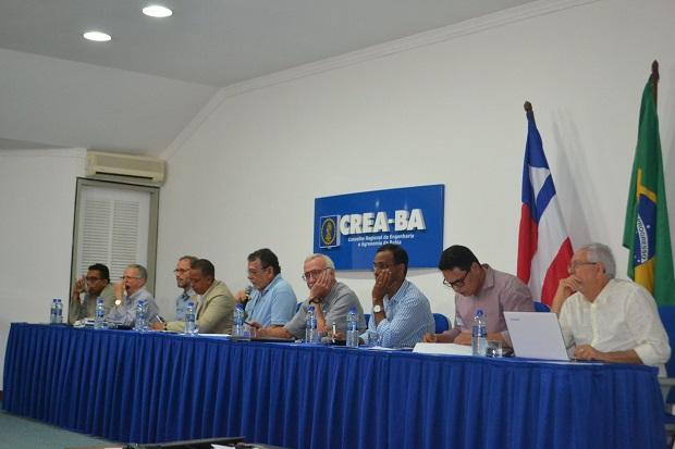 Profissionais debatem viabilidade do BRT em mesa-redonda no Crea
