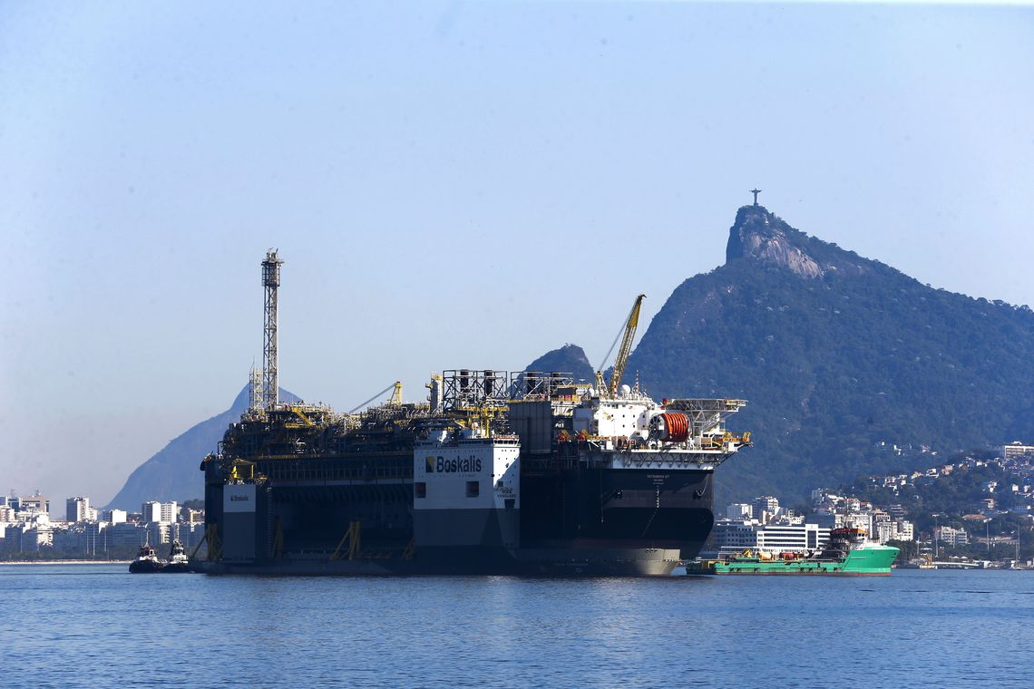 China amplia sua entrada em setores estratégicos para o Brasil e ameaça soberania