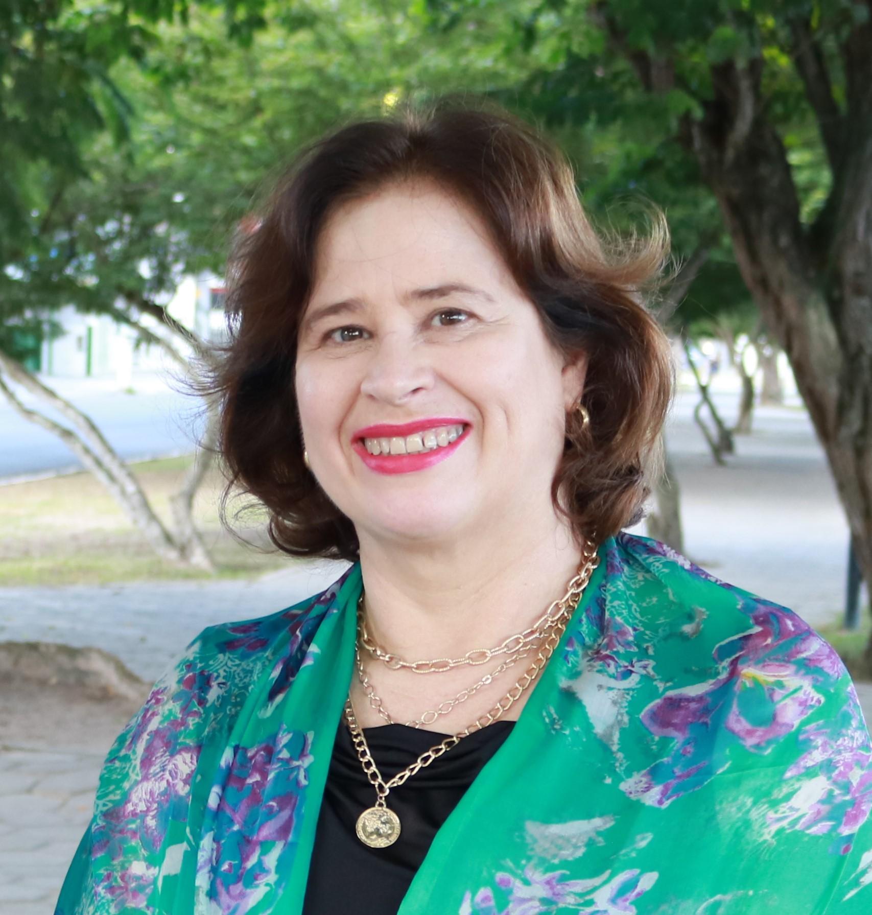 Primeira mulher eleita presidente do Senge-BA